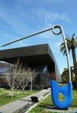 Blaue Pop-Artenskulptur KorridorPin durch Claes alt Stockfotografie