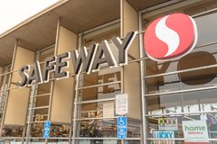 Safeway supermarket chain store at North Beach, San Francisco, C. SAN FRANCISCO, CA, USA-JUL 17, 2018:Close-up Safeway grocery entrance store logo and handicap Stock Image