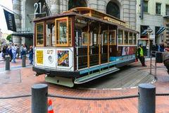 San Francisco Cable Car em Powell Terminal imagem de stock royalty free