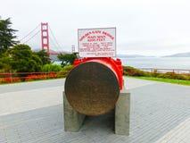 San Francisco, Califórnia, Estados Unidos da América - 4 de maio de 2016: A ponte da porta do ouro foto de stock royalty free