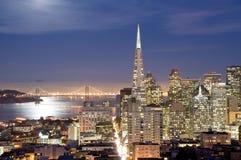 San Francisco, Californië bij nacht Royalty-vrije Stock Afbeeldingen