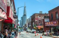 San Francisco, Californië, de V.S. - 18 Juni, 2014: De Stad van China, het grootste en beroemdste gebied van de stad van San Fran Royalty-vrije Stock Foto's