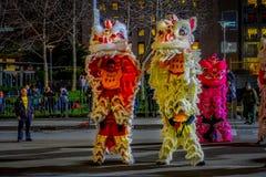 San Francisco, Californië - Februari 11, 2017: De Chinese nieuwe parade van de jaarviering in de populaire en kleurrijke Chinatow Royalty-vrije Stock Foto