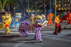 San Francisco, Californië - Februari 11, 2017: De Chinese nieuwe parade van de jaarviering in de populaire en kleurrijke Chinatow Royalty-vrije Stock Afbeelding