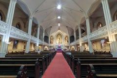 San Francisco, California - 1 de diciembre de 2018: Interior de la catedral de St Mary viejo imagen de archivo
