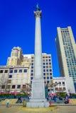 San Francisco, California - 11 febbraio 2017: Bello punto di vista di Dewey Monument in Union Square nel popolare e Immagine Stock