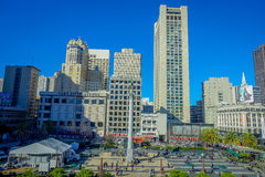 San Francisco, California - 11 febbraio 2017: Bello punto di vista di Dewey Monument in Union Square nel popolare e Immagini Stock
