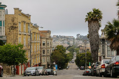 SAN FRANCISCO, CALIFORNIA - MAI 23, 2015: View of the Hyde Street in direction North. This provides a nice views to the streets Stock Images