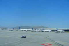 SAN FRANCISCO, CALIFORNIA - MAY 11, 2017: United Airlines planes at the Terminal in San Francisco International Airport Royalty Free Stock Images