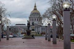 San Francisco City Hall en Civic Center stock afbeeldingen