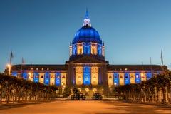 San Francisco City Hall nei colori dei guerrieri del Golden State Fotografia Stock Libera da Diritti
