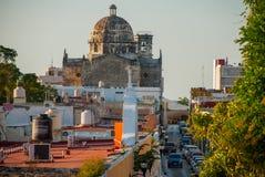 San Francisco de Campeche, Mexico: Mening van vroeger San Jose Cathedral Het was de belangrijkste tempel van het Jezuïetklooster, royalty-vrije stock foto's