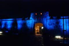 San Francisco de Campeche, Mexique : Vieux mur et entrée de forteresse au centre historique Nuit de Puerta De Tierra At de porte  Photos libres de droits