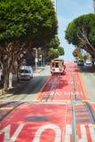 SAN FRANCISCO - 17 DE OCTUBRE: Teleférico 17 de octubre de 2015 famoso en San Francisco, los E.E.U.U. Fotografía de archivo libre de regalías