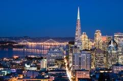 San Francisco an der Dämmerung Stockfotografie