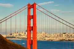 San Francisco Downtown e golden gate bridge fotos de stock royalty free