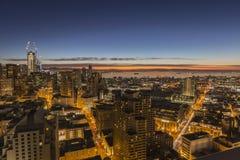 San Francisco Downtown ed alba della baia di missione Immagini Stock Libere da Diritti