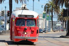 San Francisco - F-Line-Straßen-Autos Lizenzfreies Stockfoto