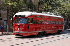 San Francisco - F-linha carros da rua Fotos de Stock Royalty Free