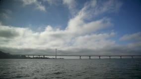 San Francisco Golden Gate Bridge, vue du bateau de navigation clips vidéos