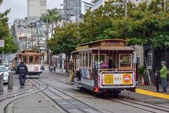 San Francisco Historical Cable Car, der im Fisherman& x27 ankommt; s-Kai-Bezirk stockfoto