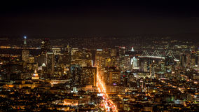 San Francisco horisont från tvilling- maxima Arkivfoton