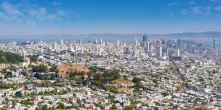 San Francisco i en solig sommardag Arkivfoto