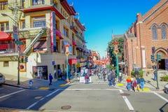 San Francisco, Kalifornien - 11. Februar 2017: China-Stadt in San Francisco, ein populärer kultureller Standort im touristischen Stockbild