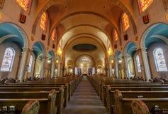 San Francisco, la Californie - 10 mars 2018 : Intérieur d'église de basilique de mission San Francisco de Asis photo libre de droits