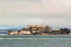 San Francisco Mening over Gevangenis Alcatraz De achtergrond van het Alcatrazeiland De V.S. stock fotografie