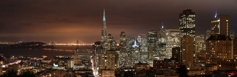 San Francisco - nachtPanorama Royalty-vrije Stock Afbeelding