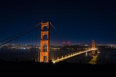 San Francisco par nuit - golden gate bridge Image libre de droits