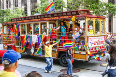 San Francisco Pride Parade Trikone LGBT spårvagnflöte Arkivfoton