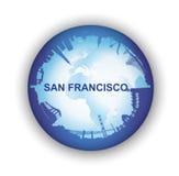 San Francisco Skyline con el globo del mundo Foto de archivo libre de regalías