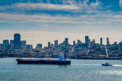 San Francisco Skyline de Alcatraz imagens de stock royalty free