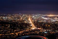 San Francisco-Skyline von den Doppelspitzen Stockbild