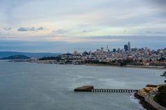 San Francisco Skyline y bahía imágenes de archivo libres de regalías