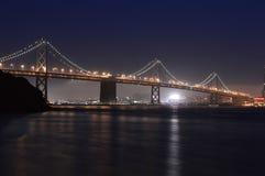 San Francisco Twilight Bay Bridge stock afbeeldingen