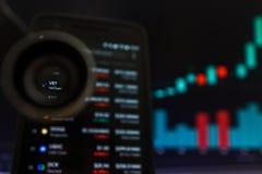 SAN FRANCISCO, USA - 9 2019 Maj: Wykres Wzrastający trend weterynarz VeChain Cryptocurrency r fotografia stock