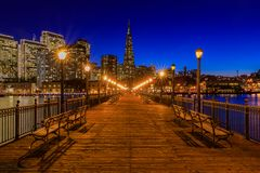 Downtown San Francisco and the Transamerica Pyramid at Chrismas Stock Photos