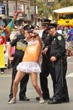 SAN FRANSISCO †'CZERWIEC 28: Paraders na Targowej ulicie w SF P Obraz Royalty Free