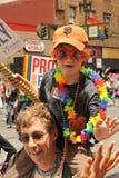 SAN FRANSISCO †'CZERWIEC 28: Paraders na Targowej ulicie w SF P Obraz Stock