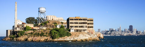 San Fransisco Alcatraz i linia horyzontu Zdjęcie Stock