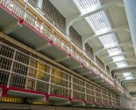 San Fransisco, CA usa - Alcatraz populaci ogólnej Więźniarskie komórki Fotografia Stock