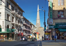San Fransisco, CA, usa - Marzec, 2016: Dzień przy Chinatown Zdjęcia Royalty Free