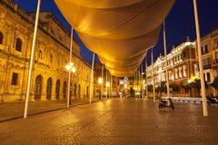 San Fransisco kwadrat w Sevilla przy nocą Obrazy Stock