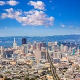 San Fransisco linia horyzontu od bliźniaków szczytów w Kalifornia Zdjęcie Stock