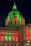 San Fransisco urząd miasta w bożych narodzeń czerwonych światłach i zieleni Obraz Stock