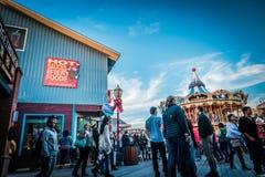 SAN FRANSISCO, usa - LISTOPAD 21, 2015: Molo 39 San Fransisco Molo 39 jest popularnym turystycznym wizytą i centrum handlowym Zdjęcie Stock