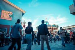 SAN FRANSISCO, usa - LISTOPAD 21, 2015: Molo 39 San Fransisco Molo 39 jest popularnym turystycznym wizytą i centrum handlowym Zdjęcia Royalty Free